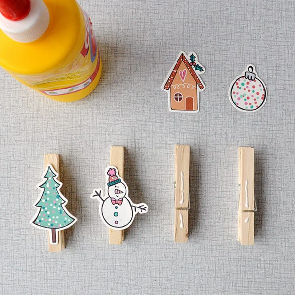diy_christmascrackers_clothespins2