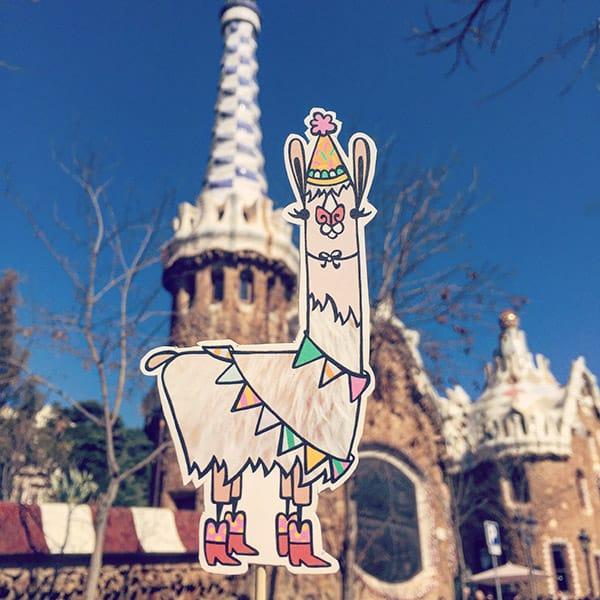 Barcelona_LlamaInvasion_3