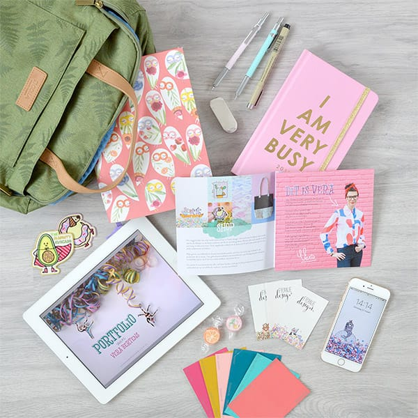 WhatsInMyBag_Illustrator_6